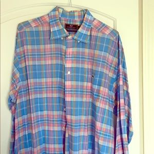 Vineyard Vines men's size. XXL button down shirt